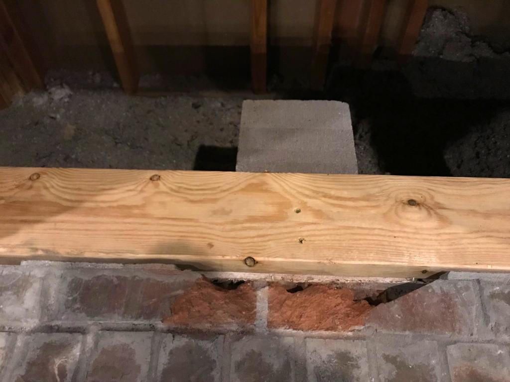 Platform for fireplace insert