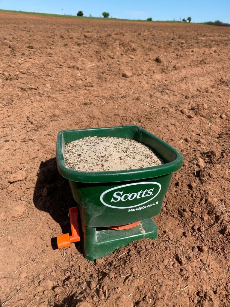 Scotts Hand Spreader - Acre Life